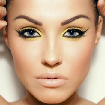 1407527012_maquillaje